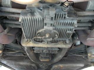 08.12.23エンジン下.JPG