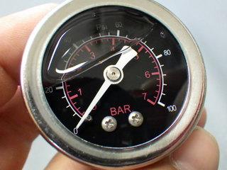 100psi油圧計 (3).JPG