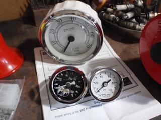 11.01.12機械式油圧計(VDOを使用).JPG
