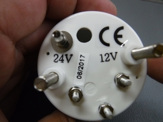 12V24Vボルトゲージ52φ (2).JPG