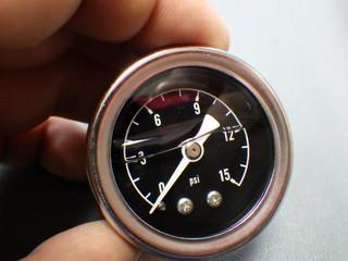 15psi燃圧計 (1).JPG
