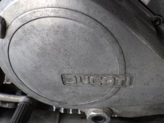 アルミエンジンを磨く (4).JPG