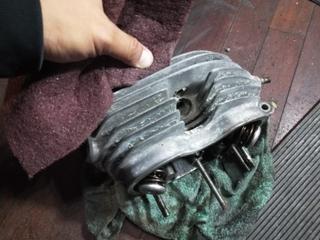 エンジンフィン磨き (1).JPG