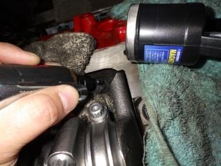 エンジンブロックを削る (4).JPG