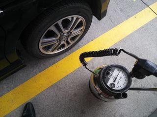 タイヤの空気 (1).JPG