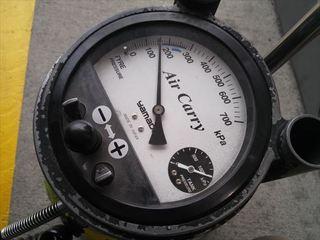 タイヤの空気 (3).JPG