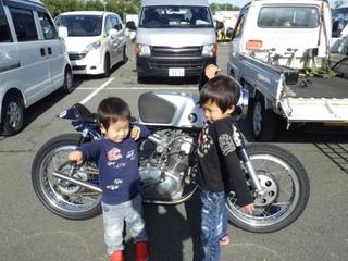チキンレース車両 (31).JPG