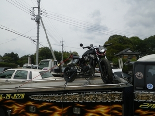 バイクを積む (4).JPG