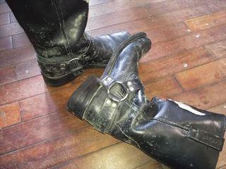 ブーツのカビ (1).jpg