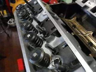 ロッカーアームスタットボルト (2).JPG