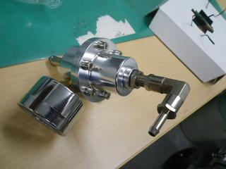 燃圧レギュレーター.JPG