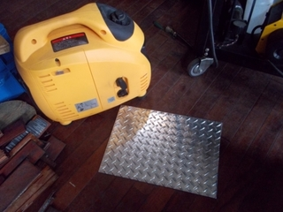 発電機の台を作成する (14).JPG