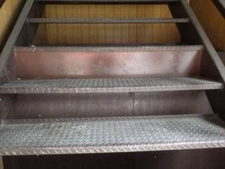 階段修理 (3).JPG