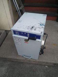集塵機フィルター交換 (1).JPG