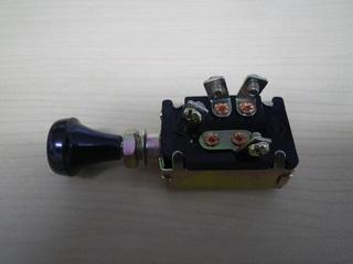 2段ライトスイッチ.JPG